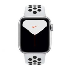 Apple Watch Nike 5 44 мм GPS (белый)